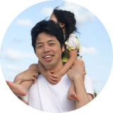Kenji Kasahara with his daughter